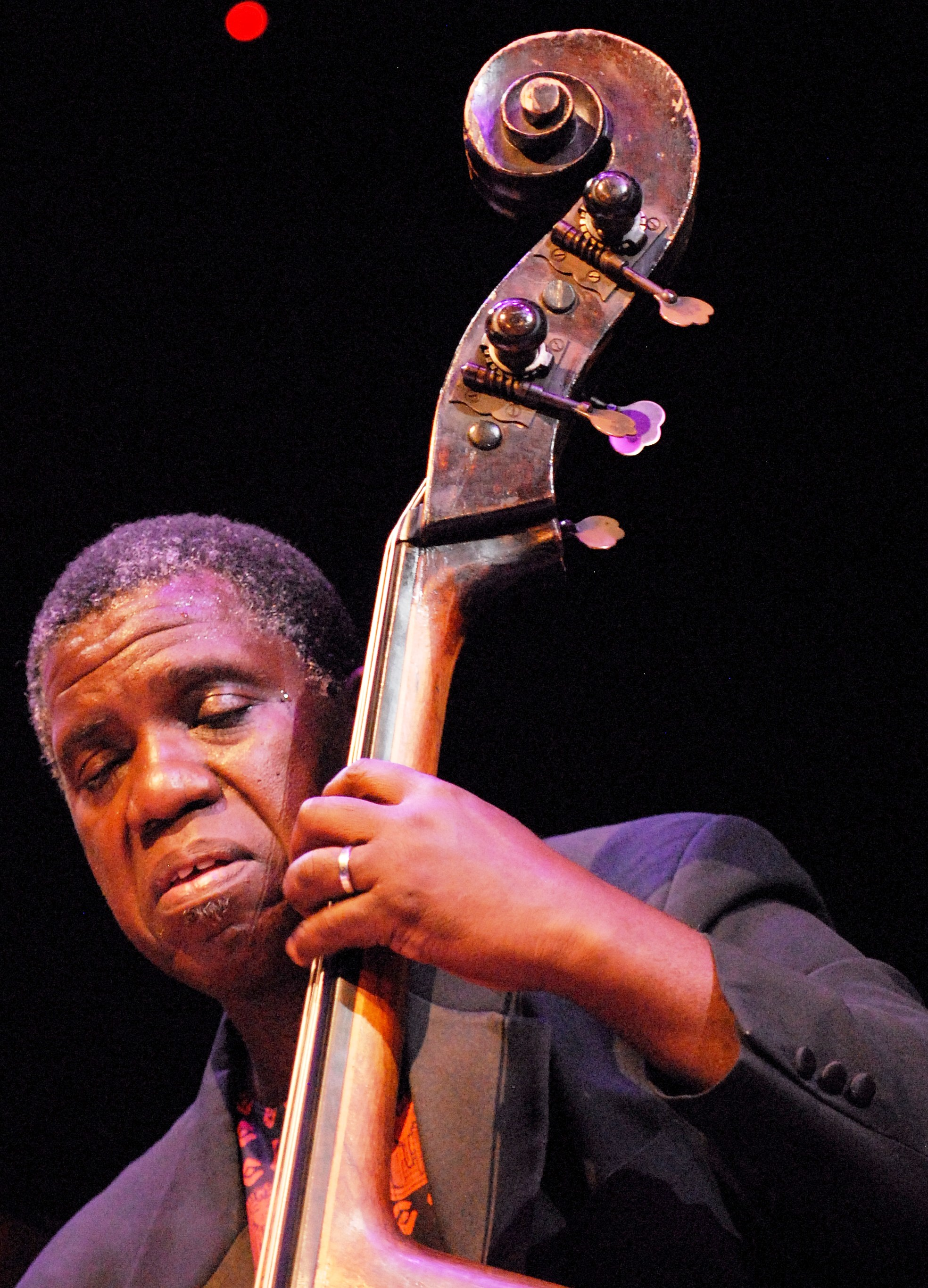 Hill Greene Plays Bass